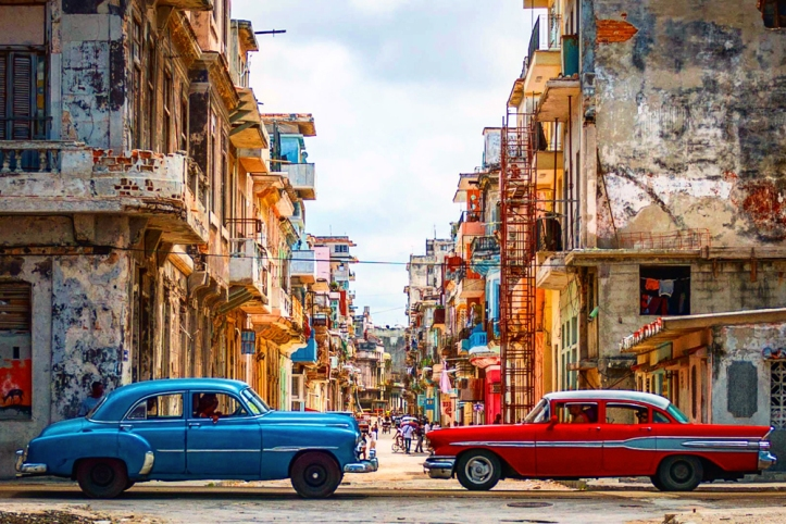 vintage-cars-old-havana-cuba-cr-michael-petit